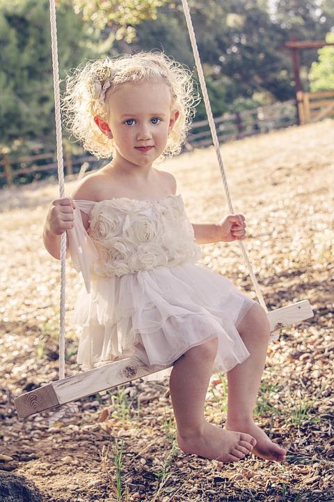 Eleganckie sukienki dla każdej dziewczynki