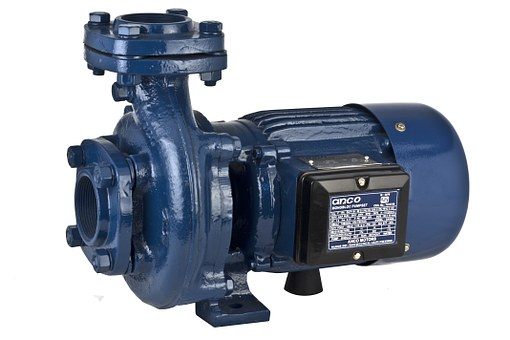 Pompa z silnikiem spalinowym