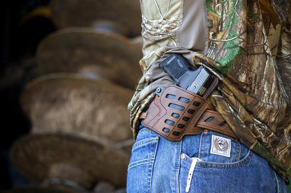 Kabury do niestandardowych pistoletów