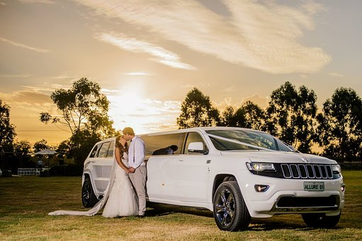 Korzystny wynajem samochodu na ślub w Białymstoku