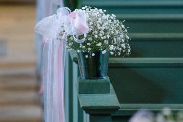 Pomoc w dekorowaniu sali na ślub