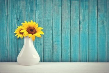 Piękne sztuczne kwiaty